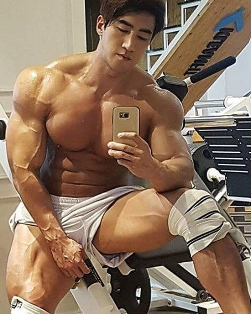 chul-soon-also-known-as-asian-arnold-schwarzenege5