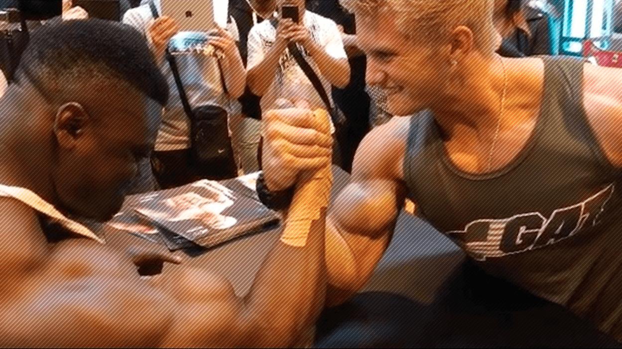 WATCH: Bodybuilder vs Fitness Model - Insane Arm Wrestling – Fitness Volt