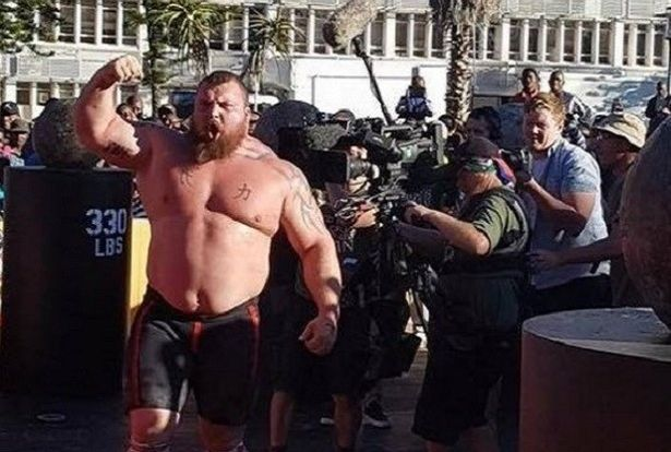 Eddie Hall Crowned World's Strongest Man 2017 in Botswana ...