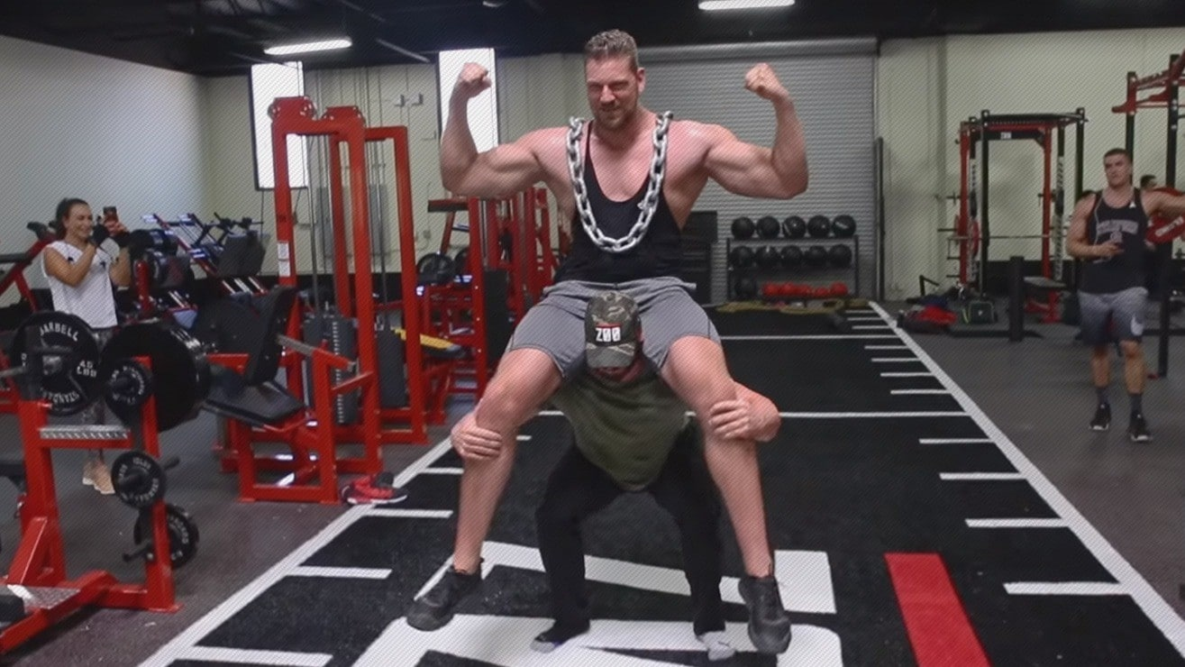 watch bradley martyn squatting 7 2 dutch giant olivier