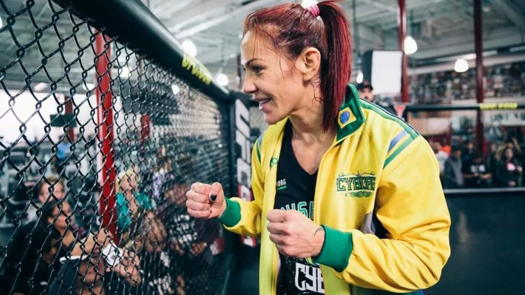 Cris Cyborg UFC 214