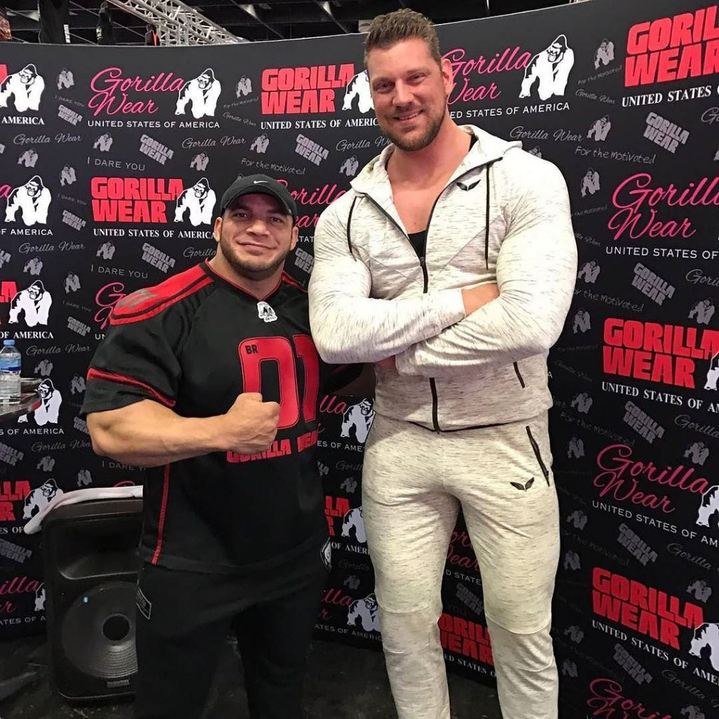 Phil Long Ford >> Dutch Giant Towers Over Phil Heath, The Mountain, Big Ramy & Others Making Everyone Look Tiny ...