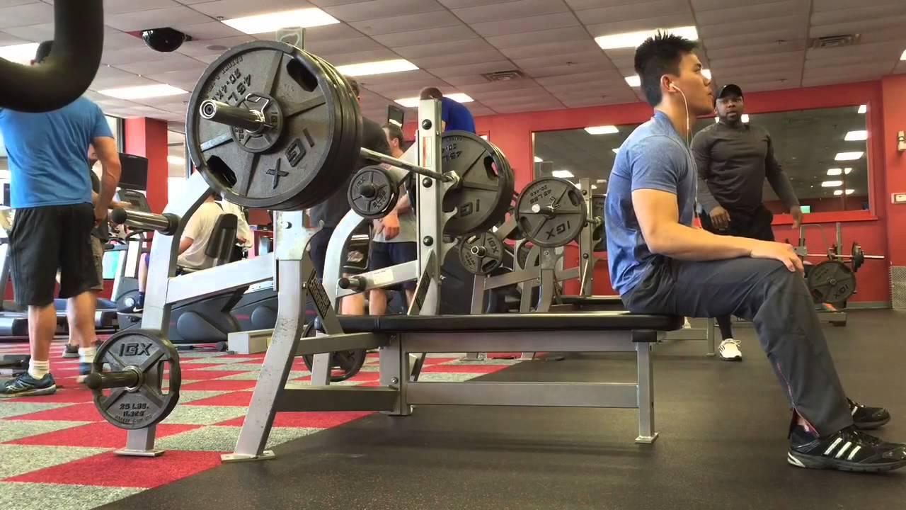 Throwback: 154lb Skinny Guy Destroys The 400lb Bench Press
