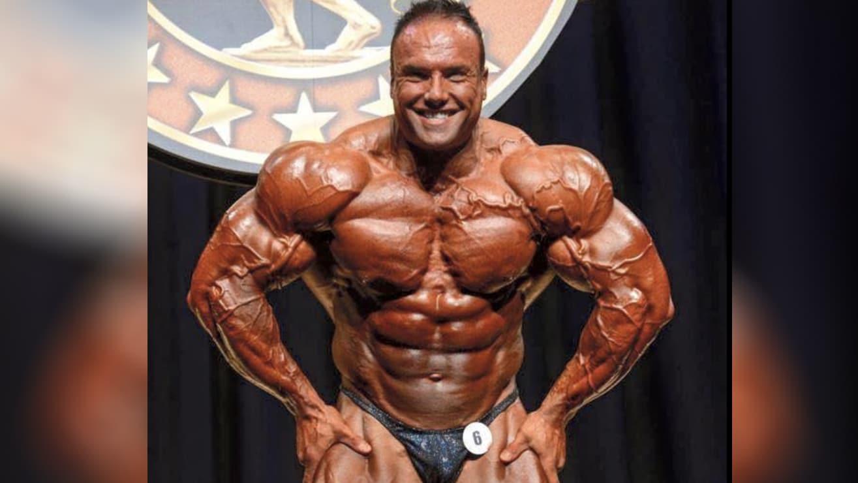 celebrated ifbb pro bodybuilder - 1315×740