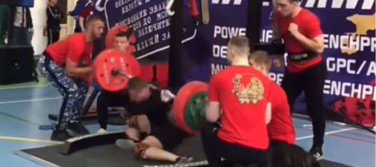 Powerlifter Snaps Leg