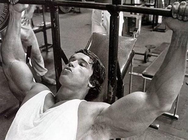 Arnold Bench Pressing