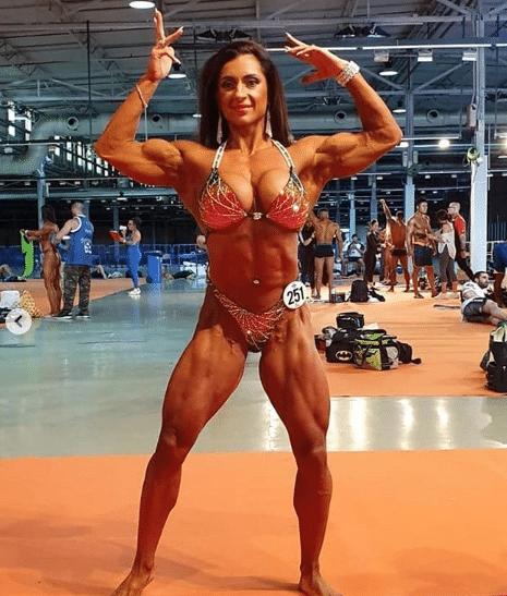 Alina Popa bodybuilders