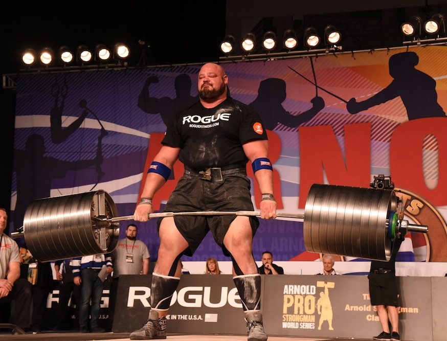 Brian Shaw Doing Deadlift