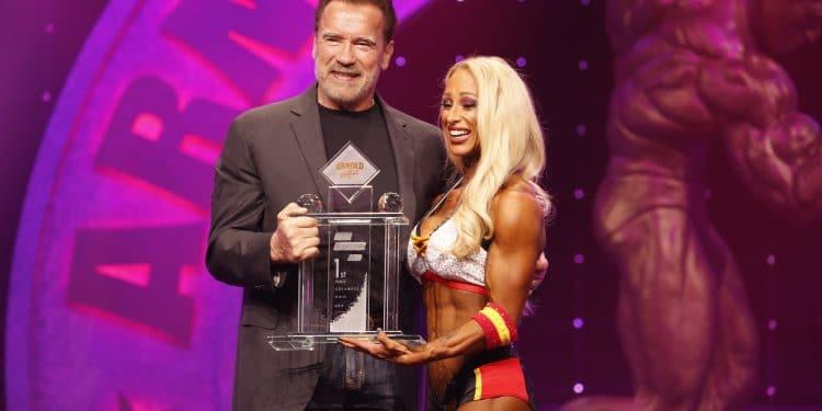 Fitness International Winner Missy Truscott And Gov Arnold Schwarzenegger Photo By Dave Emery