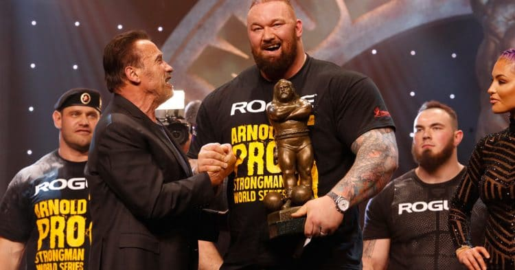 Hafthor Bjornsson Wins The Arnold Strongman Classic With Gov Arnold Schwarzenegger Photo By Dave Emery