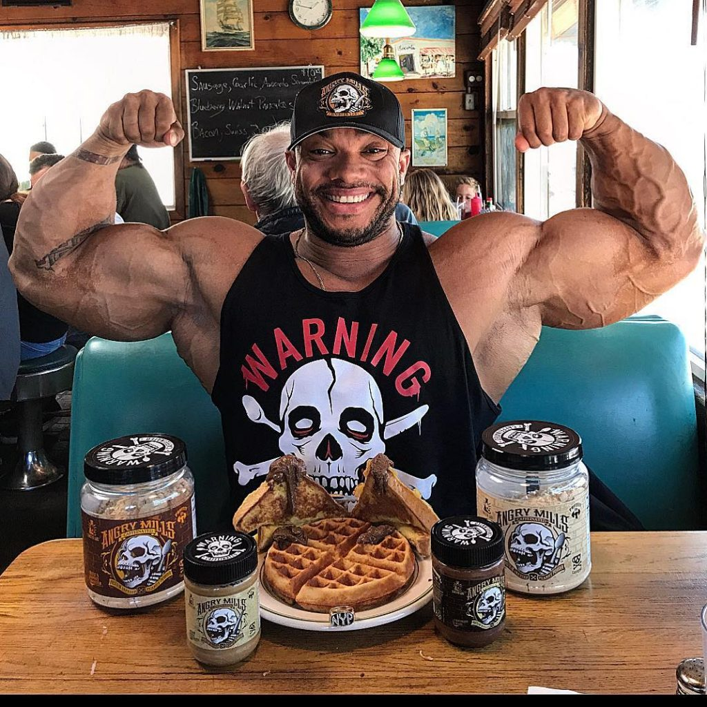 Sergio Oliva Jr Eating