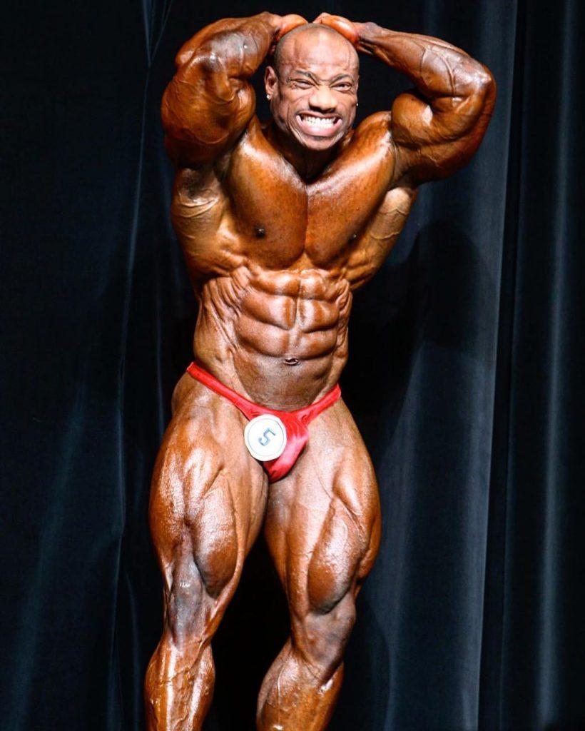 Dexter Jackson Posing