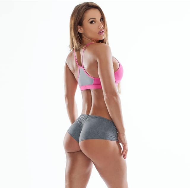 Julia Gilas 3