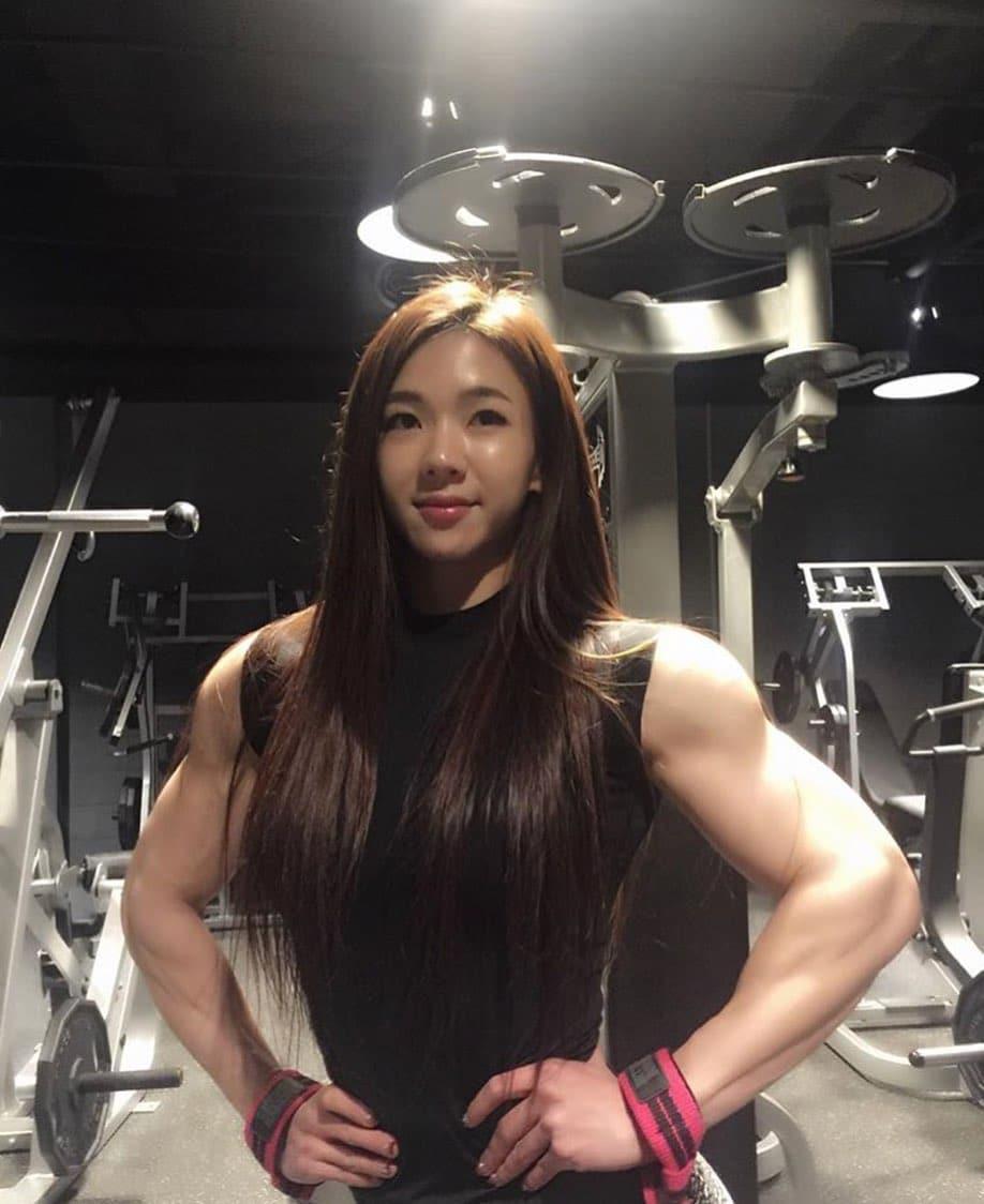 Yeon-Woo Jhi 8