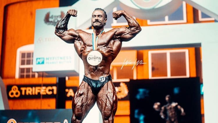 Chris Bumstead Wins Classic Physique Olympia 2021