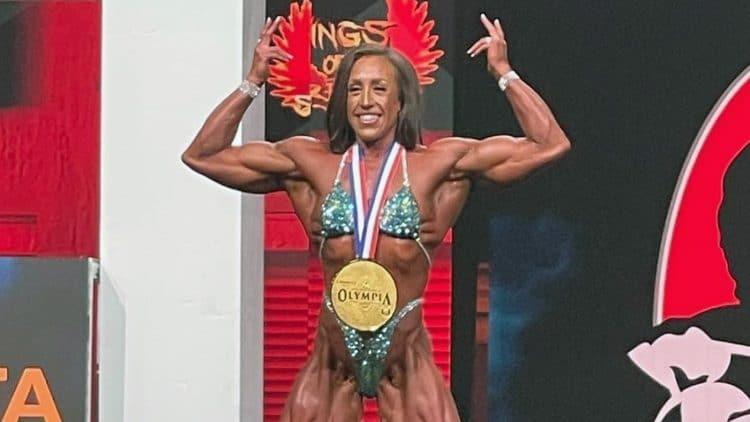 Sarah Villegas Wins Women's Physique Olympia 2021
