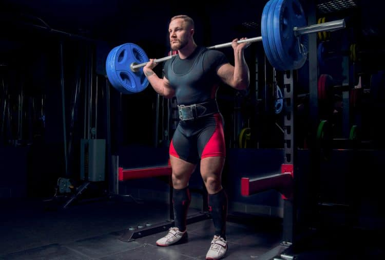 Squat With Weightlifting Belt